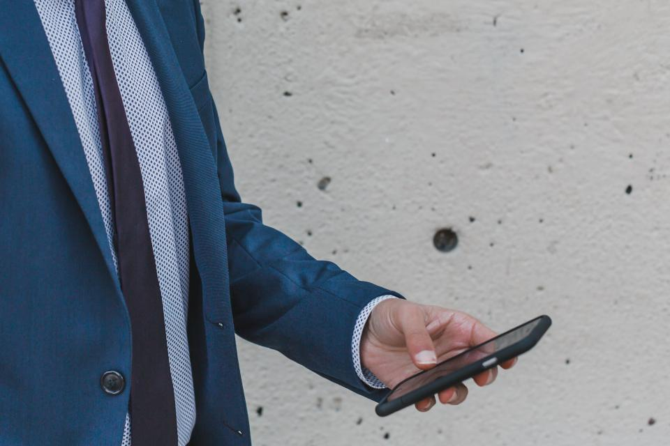 Work from Phone: 5 Ways to Use Your Mobile Device to Run Your Retail Business