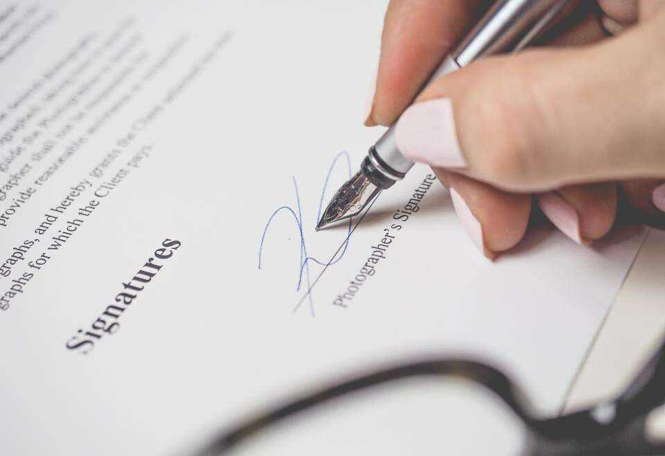 Why, How and When To Use a Fixed Term Contract
